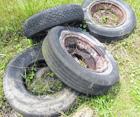 web1_old-tires-P